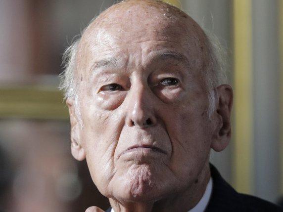 L'ancien président français Giscard d'Estaing cède son château ...