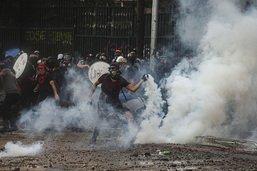 Des milliers de manifestants à Santiago contre le président Piñera