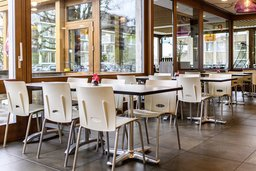 Restaurants et cafés en mal de clients