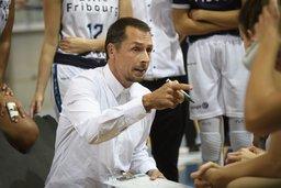 Elfic Fribourg change d'entraîneur