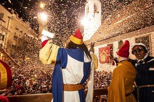 Le carnaval a commencé à l'aube à Lucerne et à Soleure