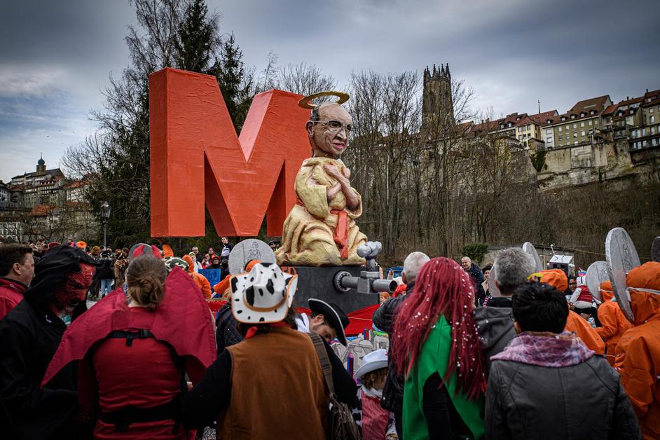 Grand cortège du Carnaval des Bolzes
