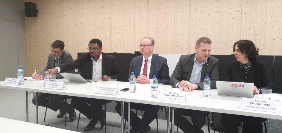 La conférence de presse du canton de Fribourg en direct