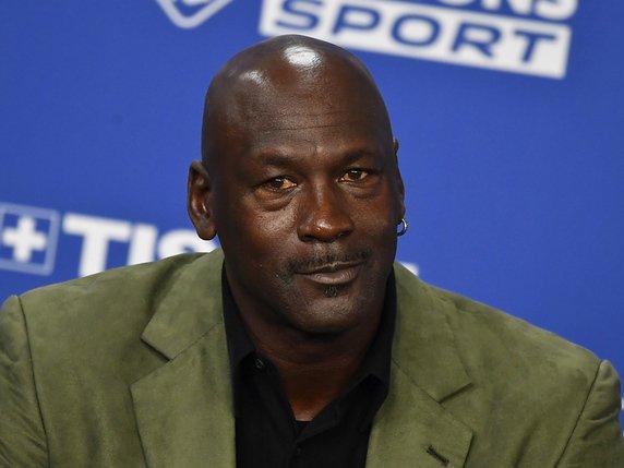 Michael Jordan fait un don de 100 millions — Égalité raciale