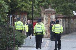 Trois morts dans une attaque au couteau dans un parc en Angleterre
