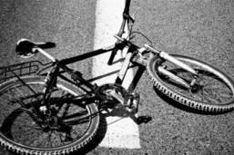 Un cycliste héliporté après une chute à Ecuvillens