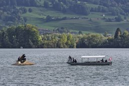 «Adyu mon bi payi» joué au milieu du lac de la Gruyère