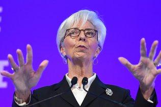 """BCE: Lagarde """"pas trop inquiète"""" d'une nouvelle crise de l'euro"""