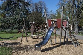 Les enfants manquent d'espaces de jeu, selon Pro Juventute
