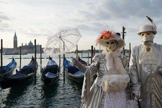 Venise: les fabricants de gondoles ont du vague à l'âme