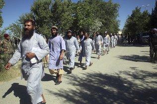 Le gouvernement afghan enfin prêt à négocier avec les talibans