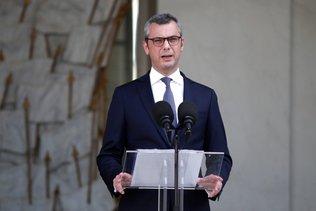 Quelques ministres clés changent dans le gouvernement Castex