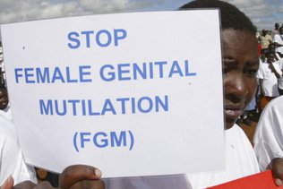 Promulgation d'une loi pénalisant l'excision au Soudan