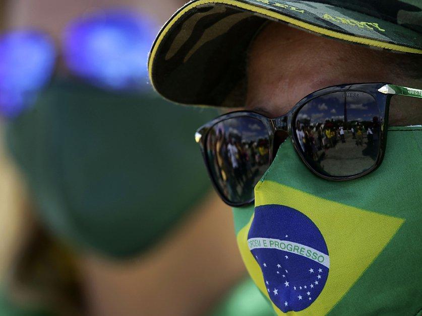 Brésil: plus de 1000 morts et record de cas de coronavirus en 24 h