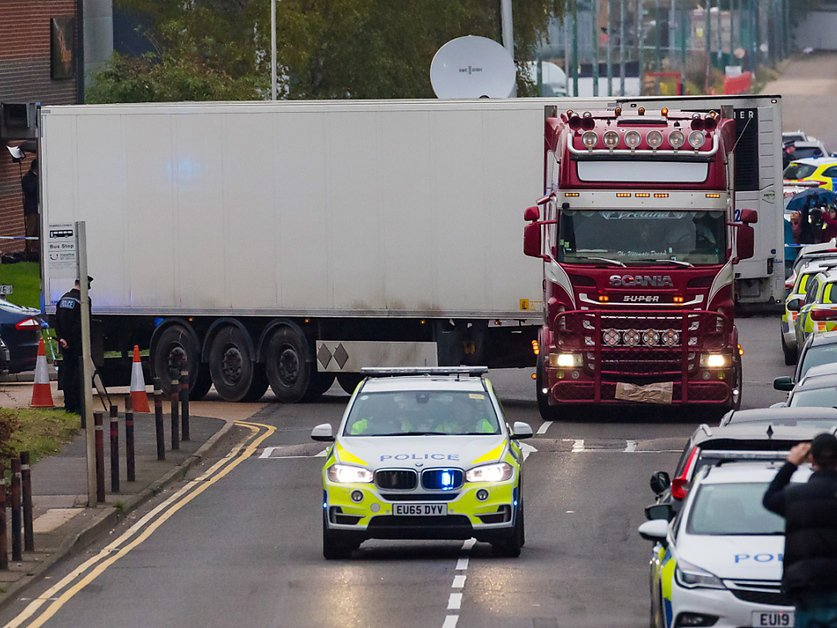 Camion charnier en Angleterre: 13 suspects interpellés en France inculpés