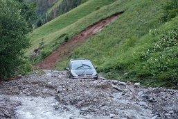 L'orage piège des vacanciers dans leur voiture à Bellegarde