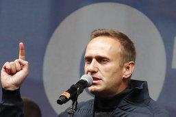 """Les médecins n'ont trouvé """"aucun poison"""" chez l'opposant Navalny"""