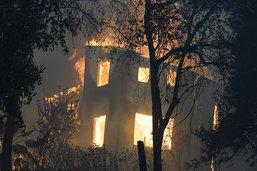 Poursuite des évacuations face aux incendies en Californie