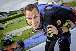 La rapide ascension du parachutiste