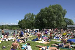 Lac de Neuchâtel: Fribourg déconseille la baignade à son tour
