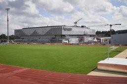 Stades et patinoires seront remplis aux deux tiers
