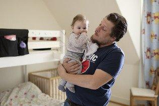 Les pères auront le droit à dix jours de congé paternité