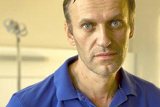 L'opposant Navalny accuse Poutine et promet de rentrer en Russie