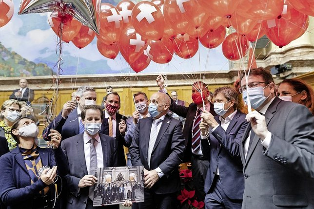 Ballon d'oxygène et Maurer à la fête