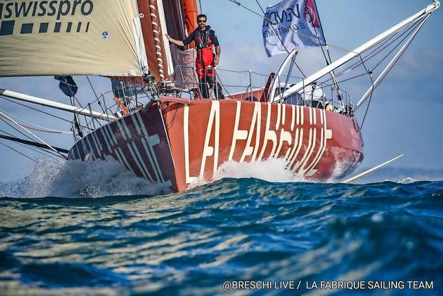 Trente Trois Skippers Ont Pris Le Depart Du Vendee Globe La Liberte