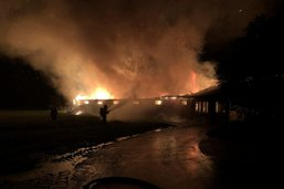 Halle à poulets en flammes à Domdidier