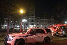 Québec: un homme tue au sabre deux personnes le soir d'Halloween