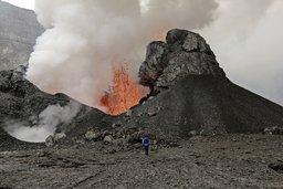 Une vie au sommet des volcans actifs