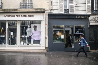 Les magasins rouvrent en Europe, Los Angeles se barricade