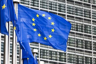 """Pétition européenne pour un vaccin """"gratuit et accessible à tous"""""""