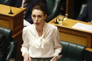 """Nouvelle-Zélande: Jacinda Ardern déclare """"l'urgence climatique"""""""