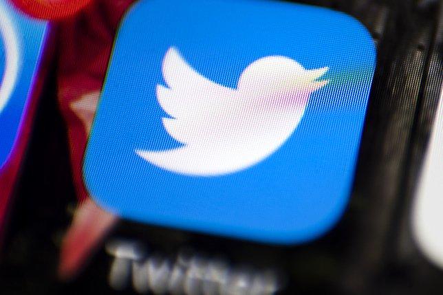 Vaccins: Twitter bannira les utilisateurs en cas de désinformation