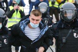 Plusieurs milliers de manifestants à Moscou en soutien à Navalny