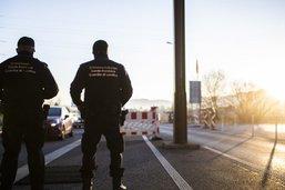 Les partis demandent des mesures plus sévères aux frontières