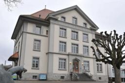 Nouveaux variants: 4 écoles touchées dans le canton