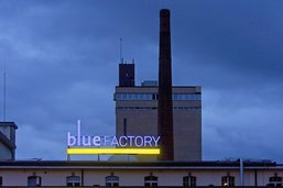 Vingt-cinq millions de francs pour Bluefactory
