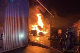 Plusieurs véhicules en feu dans la zone industrielle de Granges