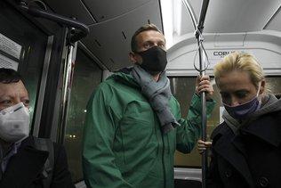 """Incarcéré, Navalny appelle les Russes à """"sortir dans la rue"""""""