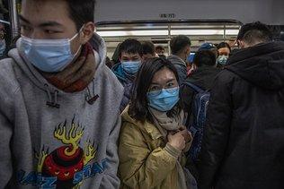 Pandémie: la Chine et l'OMS auraient pu agir plus vite et plus fort