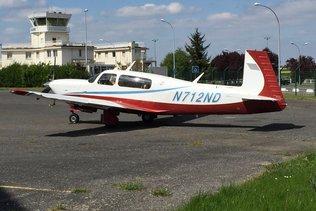 Avion accidenté à Ecuvillens
