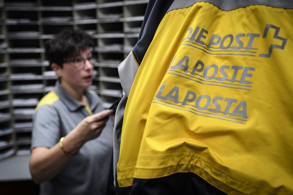 La Poste étend son offre dans le canton, avec un service à domicile numérique