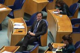 Le Premier ministre Mark Rutte surmonte une motion de défiance