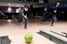 Les jeunes de retour au bowling