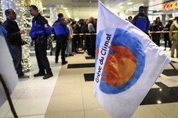 Blocage de Fribourg Centre: les militants pour le climat veulent leurs experts