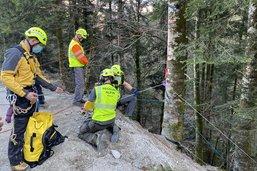 Trois amateurs de canyoning sauvés à Albeuve