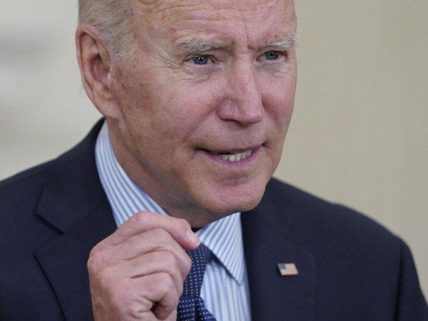 Biden vise une injection pour 70% des adultes d'ici le 4 juillet